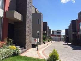 Cumbaya - San Juan de Cumbaya Casa de Venta Linda Vista