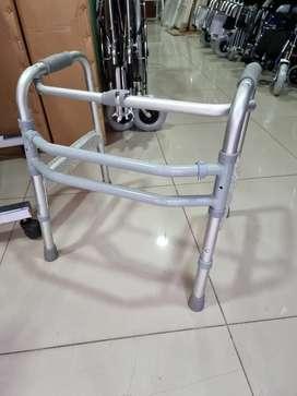 Andador pediatrico aluminio importado