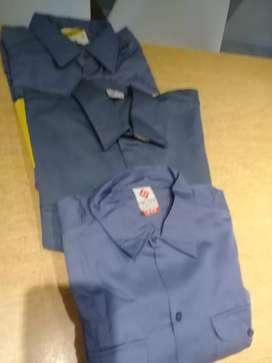 Vendo camisa de trabajo cada una 600