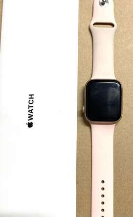 Vendo Apple Watch Series 4 de 44MM.