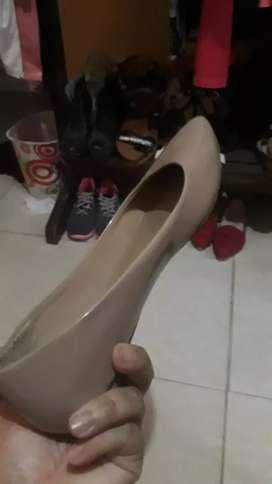 Zapatos de segunda en buen estado talla 7ymedio