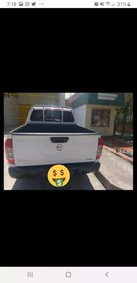 Camioneta 4x2 gasolina Nissan Frontier NP300