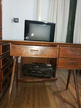 Mueble-escritorio-mesa antiguo.