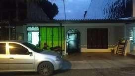 Casa (8×26) con dos apartamentos independientes