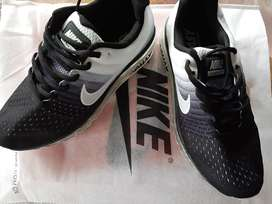 Vendo zapatillas air max.
