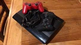 PlayStation 3 + 2 mandos + juego