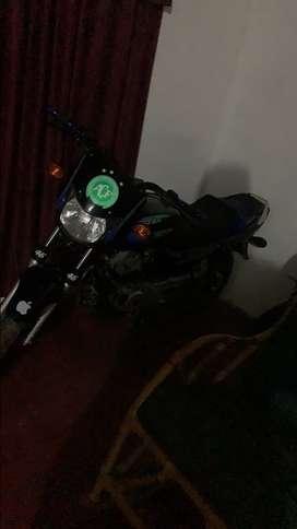 Vendo mi moto bóxer 100