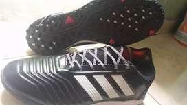Venta de zapatillas ADIDAS