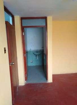 Venta de Departamento en Av. Mártires de Uchuracay, Cajamarca por motivos de viaje, tercer piso, en toda la avenida.