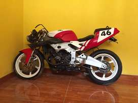 Lo quiero vender esta moto por motivo de viaje