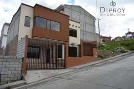 De venta casa por estrenar en Miraflores-Cuenca