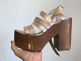 Sandalias de cuero usadas, marca Mara
