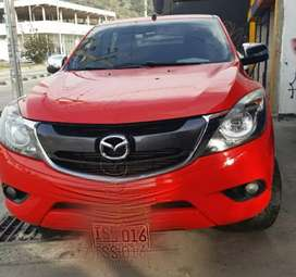 Mazda bt50 2016 full equipo 4x4 diésel automática
