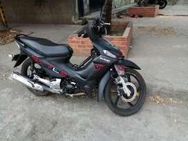 Moto Suzuki viva R Style