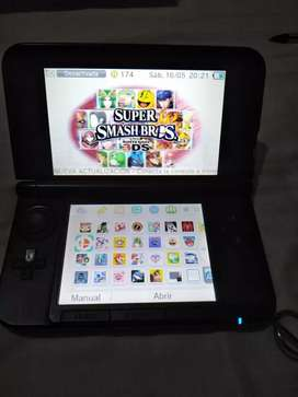 Nintendo 3DS XL , modificado con 26 juegos , memoria SD de 32G.