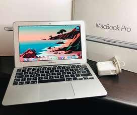 MACBOOK AIR 2014 CORE i5, 4GB DE RAM Y DISCO SÓLIDO DE 128GB