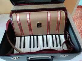 Acordeón Honner piano