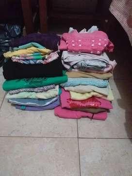 Vendo Bolsón de ropa para feriante 15 prendas