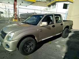 En venta una camioneta D-max 2012