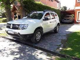 RENAULT DUSTER 2018 IMPECABLE TOMO PERMUTA MENOR O MAYOR VALOR.-