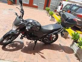 Vendo moto honda en excelente estado