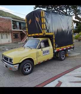 Camioneta Chevrolet 1600 con cupo cartón Colombia