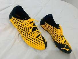 Guayos Puma future 5.4 Fg soccer shoes
