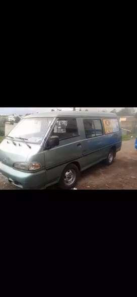 Vendo furgoneta Hyundai  H100 del año 1999