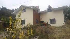 Casa en venta sector Ucubamba autopista Cuenca Azogues