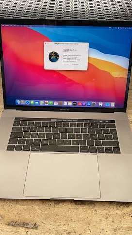 Macbook Pro Touchbar 15'