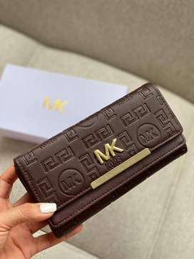 billeteras MK MAICOL KORS para mujer diferentes modelos