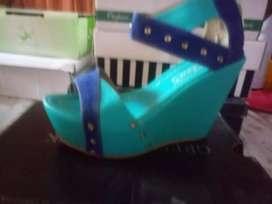 Vendo calzado femenino