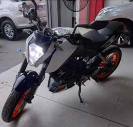 Moto Duke KTM 200 2015