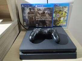 PS4 Slim 500gb + Control + COD MWF + FIFA 17 + UNCHARTED