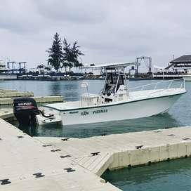 Mako 221B Bote de pesca deportiva