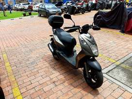 Scooter AKT Dynamic R 125