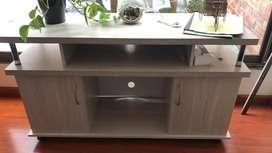 Mueble en madera, en perfecto estado. Multiusos: tv, libros, cuarto etc
