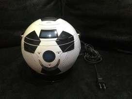 Reproductor de CD y radio balón de fútbol Panashiba