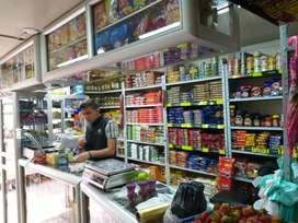 Se necesita auxiliar de supermercado  hombre con experiencia mínima de un año