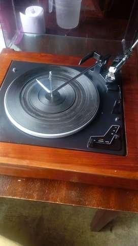 Tocadisco vintage marca Emerson