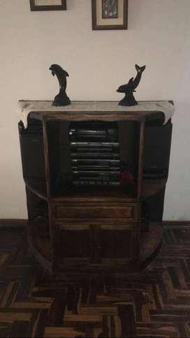 Mueble de madera para sala o comedor (Usado, buen estado)