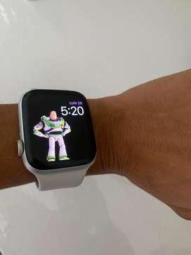 Apple watch serie 4  44mm aluminium