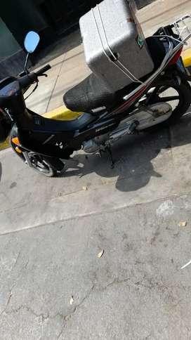 Se nesecita repartidor con motocicleta