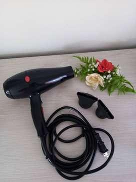 Se vende secador de cabello profesional