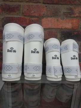 canilleras y coderas para taekwondo marca daedo