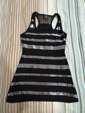 Vendo hermosa blusa negra, marca: Bebe, talla M