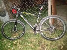 Vendo bicicleta  top mega o permuto