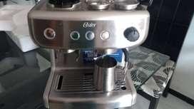 Cafetera para espresso con molino incluido
