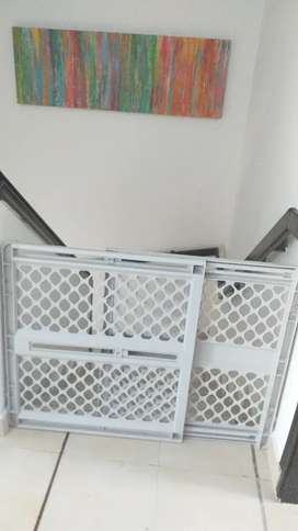 Puerta de seguridad para bebés