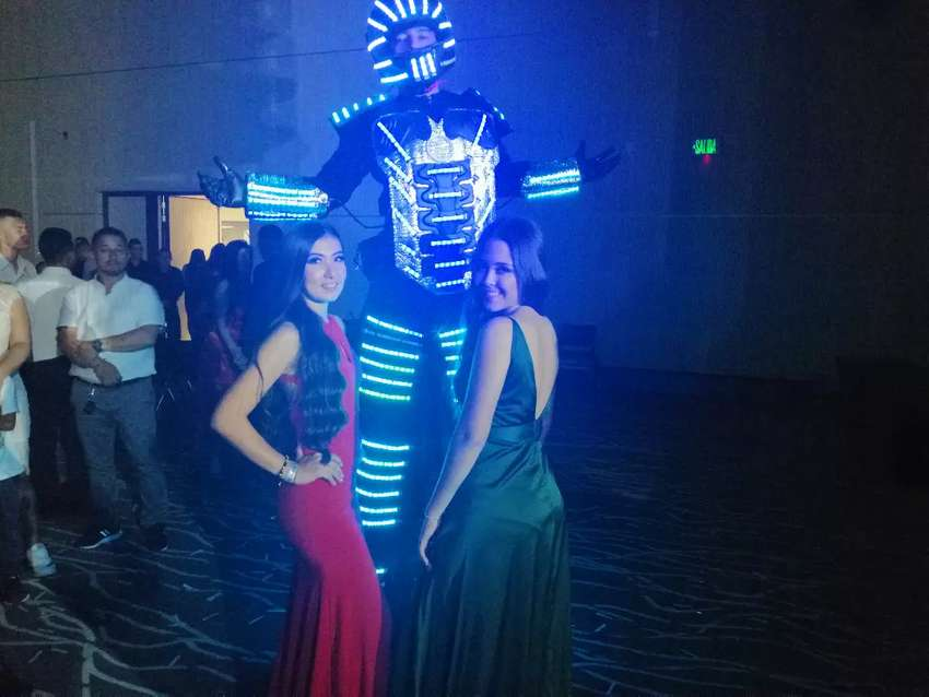 Robot Led Party 0